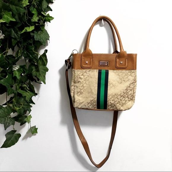 Tommy Hilfiger Handbags - 3/$25 🌵 Tommy Hilfiger Crossbody Purse